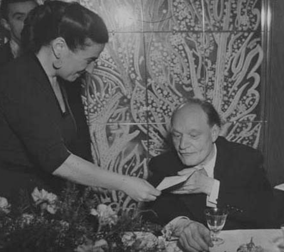 Germana Marucelli and Giuseppe Ungaretti (main Italian XXth century poet), first edition of the San Babila Prize, 1948. Here Ungaretti is being awarded first prize | Archivio Germana Marucelli