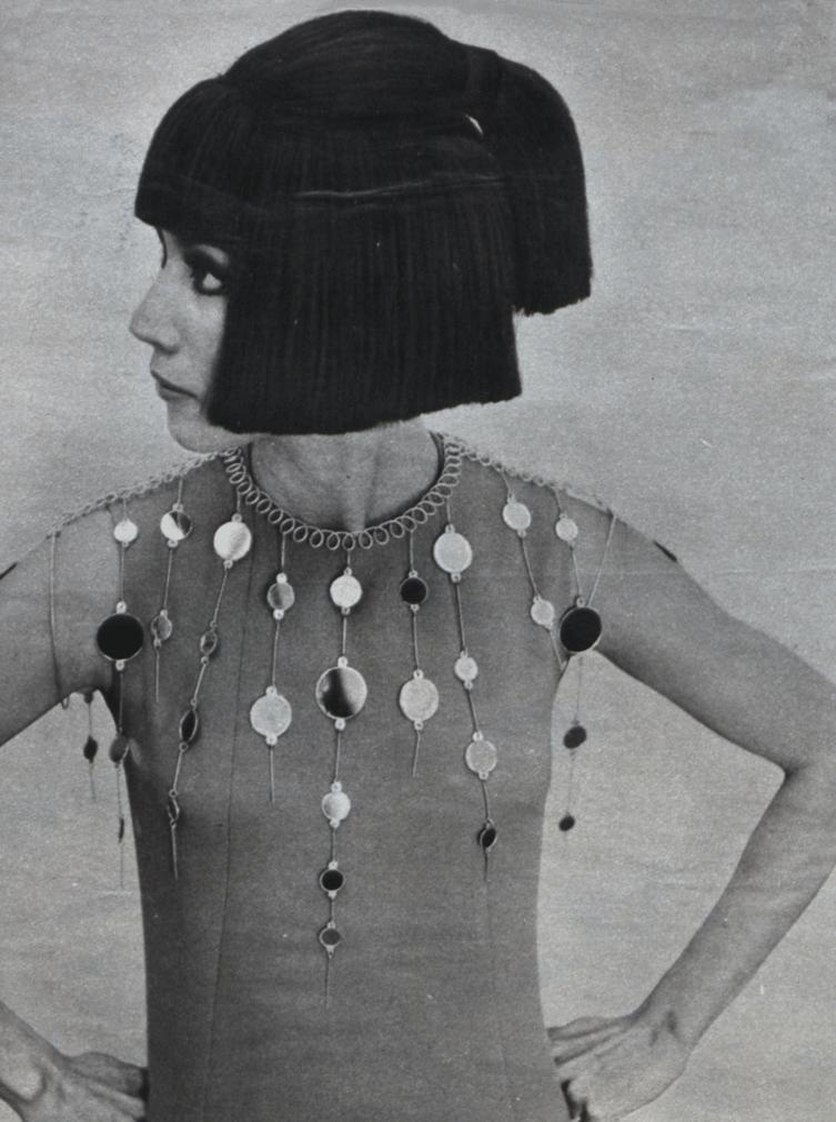 Germana Marucelli, Daywear dress, Linea Sampan, Spring/Summer 1967. Jewels by Pietro Gentili for Germana Marucelli | Archivio Germana Marucelli