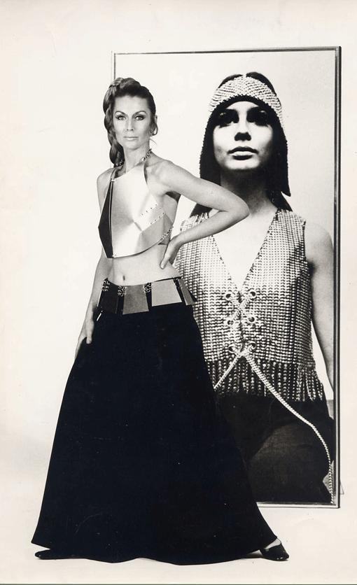 Germana Marucelli, Evening gown, Linea Alluminio, Spring/Summer 1969. Accessories designed with Getulio Alviani © Geoff Dauth | Archivio Germana Marucelli