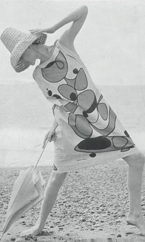 Germana Marucelli, abito da Mare, primavera/estate 1963. Motivi decorativi a stampa ideati da Paolo Scheggi | Archivio Germana Marucelli